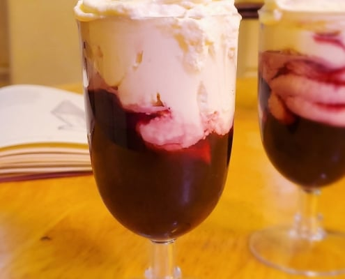 Claret with whipped syllabub