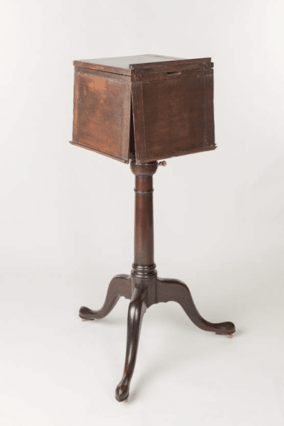 Revolving Stand closed (with reproduction base) (New York, 1790). Owned by Thomas Jefferson. Images courtesy of the Thomas Jefferson Foundation at Monticello.