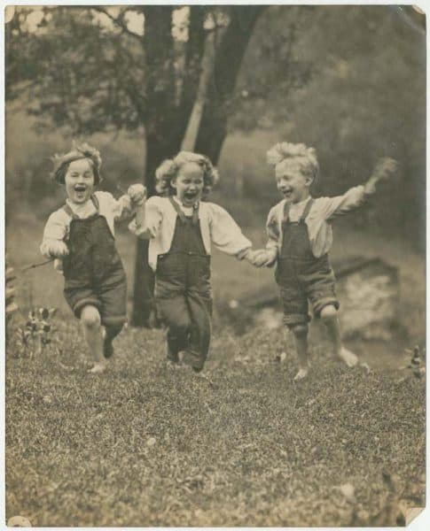 William Jennings. Ralph, Sara, and Bill Jennings at Fern Rock Camp, gelatin silver photograph, ca. 1912.