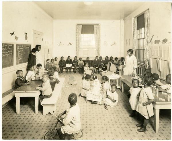 Photo-Illustrators, [African American primary school classroom], ca. 1930. Gelatin silver print.