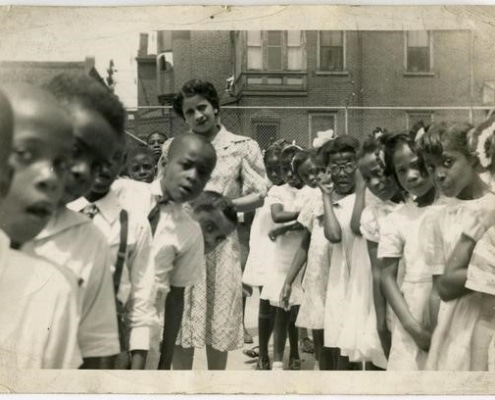 [Mary Venning with her students in Philadelphia school yard], ca. 1945. Gelatin silver print.